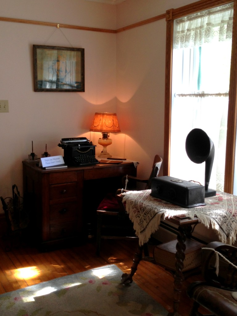 Sitting room (check out the antique typewriter on the desk)