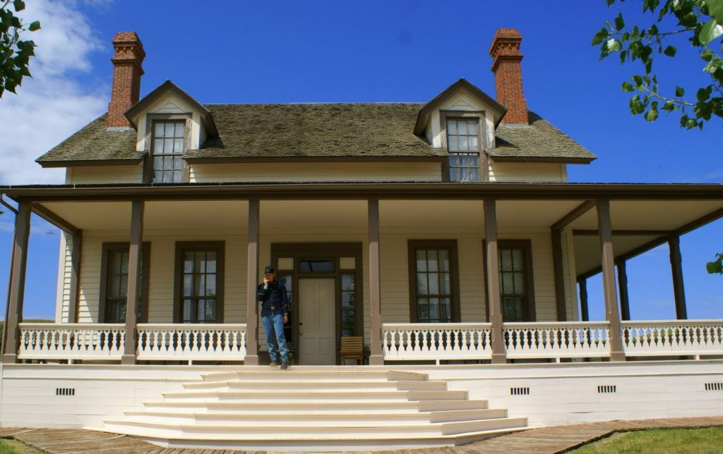 Custer House   Fort Abraham Lincoln State Park