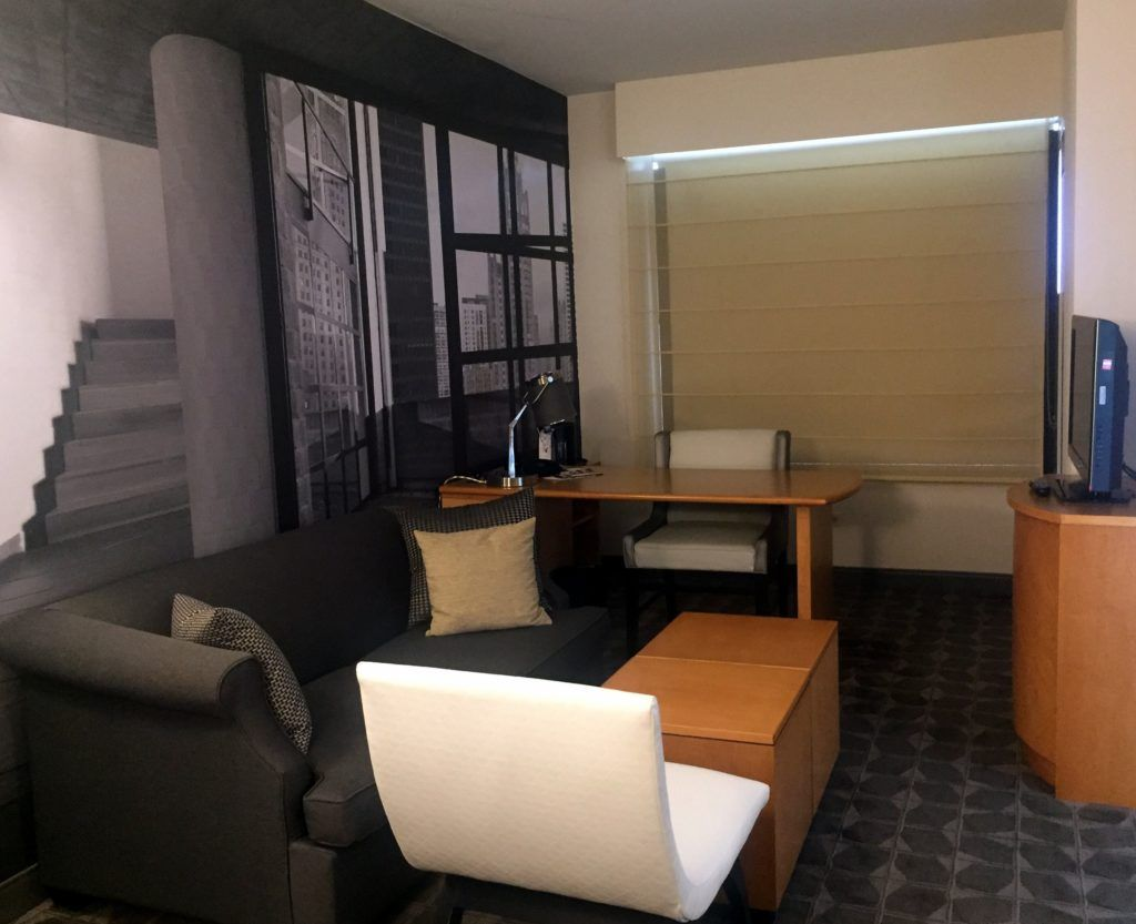 Chicago Family Staycation | Renaissance Chicago O'Hare Suites Hotel