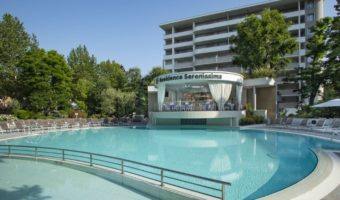Pool area | Residence Serenissima | Bibione, Italy